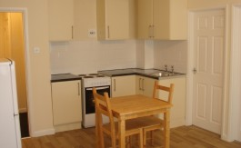 MOUNTSORREL KITCHEN 2 BEDROOM APARTMENT