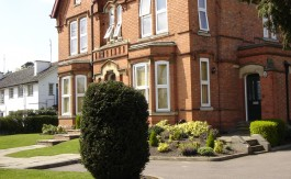 STUDIO APARTMENTS LOUGHBOROUGH