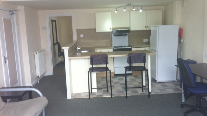 KITCHEN STUDENT 1 BED APARTMENT